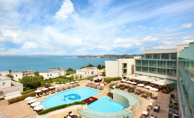 Hotel With Savings Tips