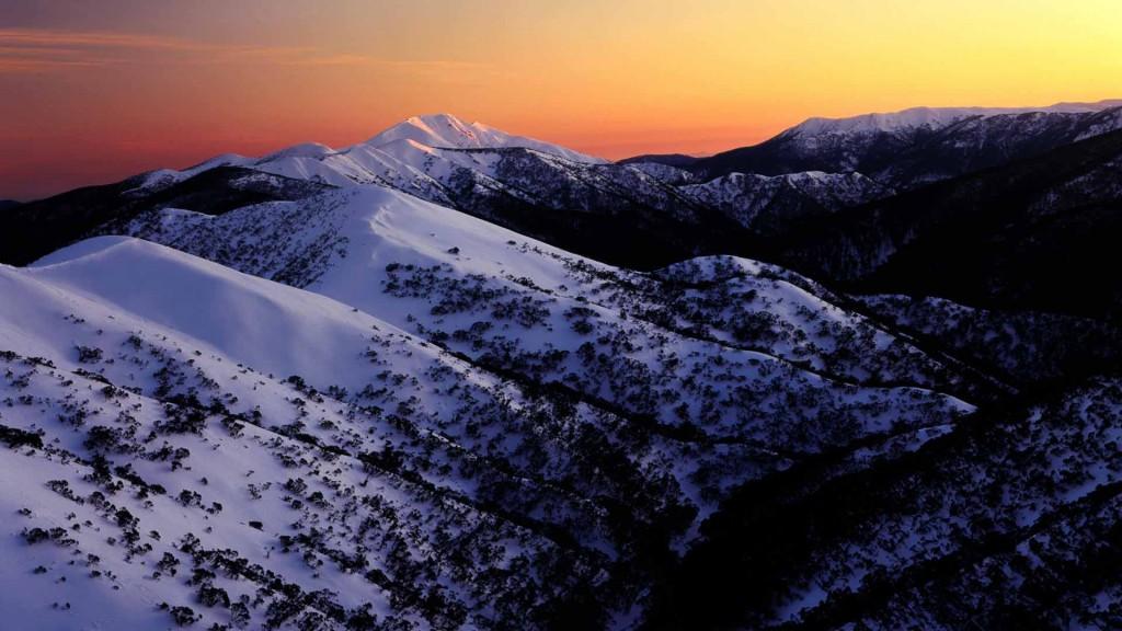 First Light on Mount Feathertop, Alpine National Park, Victoria, Australia