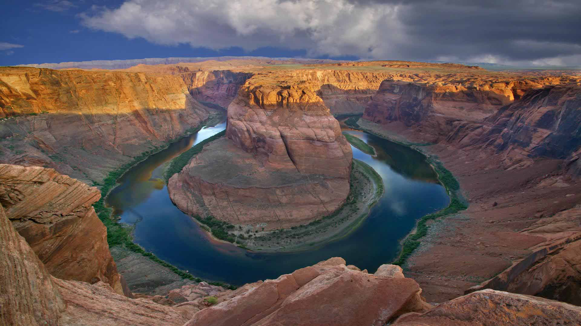 Horseshoe Bend Overlook, Near Page, Arizona